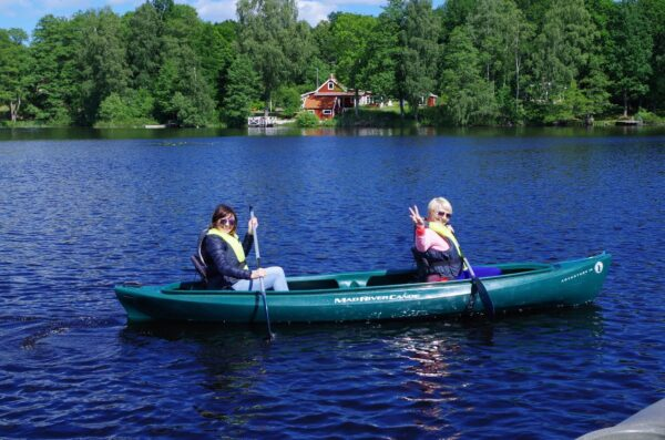 Rent a canoe in South of Sweden paddling kayak